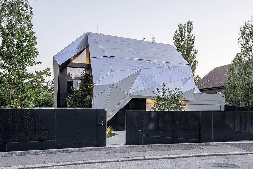 Stunning moderne architektur einfamilienhaus contemporary for Modernes haus projekte